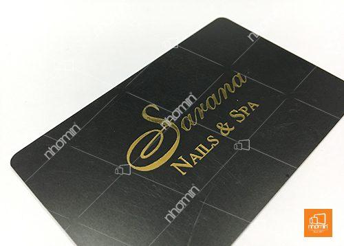 thẻ nhựa ép kim vàng