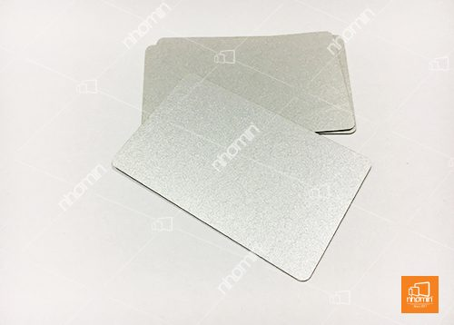 thẻ nhựa nhũ bạc