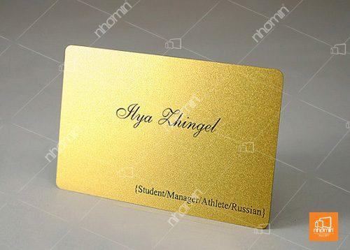 thẻ nhựa nhũ vàng